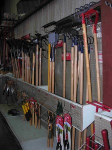 landscaping-gardening-tools